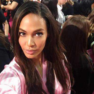 There was no shortage of selfies backstage, Angel Joan Smalls snapping this one. (Instagram/@joansmalls)