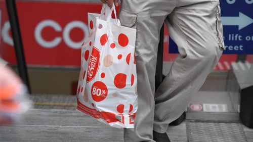 Coles have decided to continue offering reusable bags for free. Picture: AAP