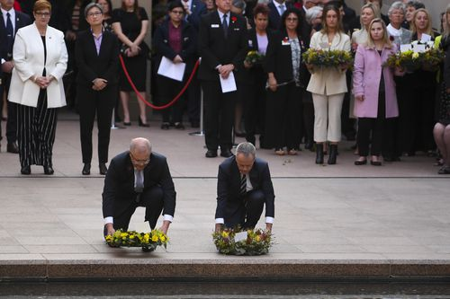 Mr Morrison and Mr Shorten pay their respects on the 17th anniversary of 9/11.