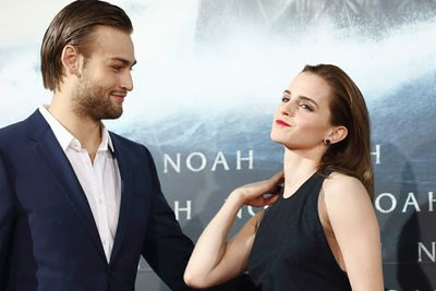 Seriously. Look at their chemistry at the German <i>Noah</i> premiere!