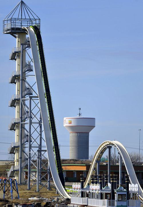 Verruckt, is a 164m-foot-tall water slide that has 264 stairs leading to the top.
