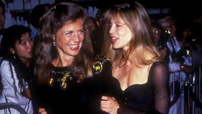 Linda Hamilton, Leslie Freas, Terminator 2: Judgment Day, premiere, Cineplex Odeon in Century City, 1991