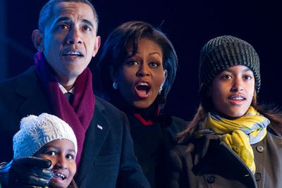 US President, <b>Barack Obama</b>, might be running a country but he certainly doesn't neglect his two girls, <b>Sasha</b> and <b>Malia</b>. When the Obama family moved into their new White House home, Dad treated them to performances from the cast of <i>Glee</i>, <i>The Jonas Brothers</b> and the <i>High School Musical</i> clan.