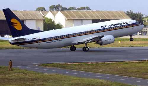 Jet Airways Flight 9W697 was able to make a safe landing in Mumbai after the mid-air emergency.