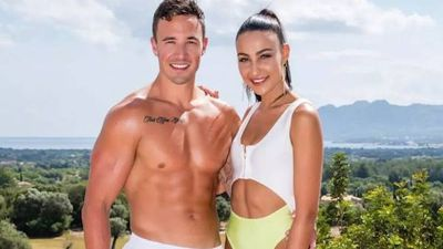'Love Island Australia' star Grant Crapp shares private text to Tayla Damir live on air
