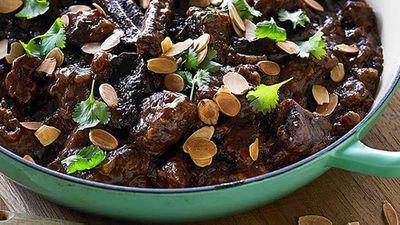 "Recipe:<a href=""http://kitchen.nine.com.au/2016/05/05/13/36/hayden-quinns-beef-casserole-with-dried-plums"" target=""_top"">Hayden Quinn's beef casserole with dried plums</a>"