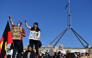 Police seek to block Black Lives Matter protest in Sydney over coronavirus concerns