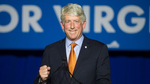 Attorney General Mark Herring – in line to become governor if Gov Northam and Lt Gov Justin Fairfax resign – issued a statement acknowledging he wore brown makeup and a wig in 1980 to look like a rapper during a party when he was a 19-year-old student at the University of Virginia.