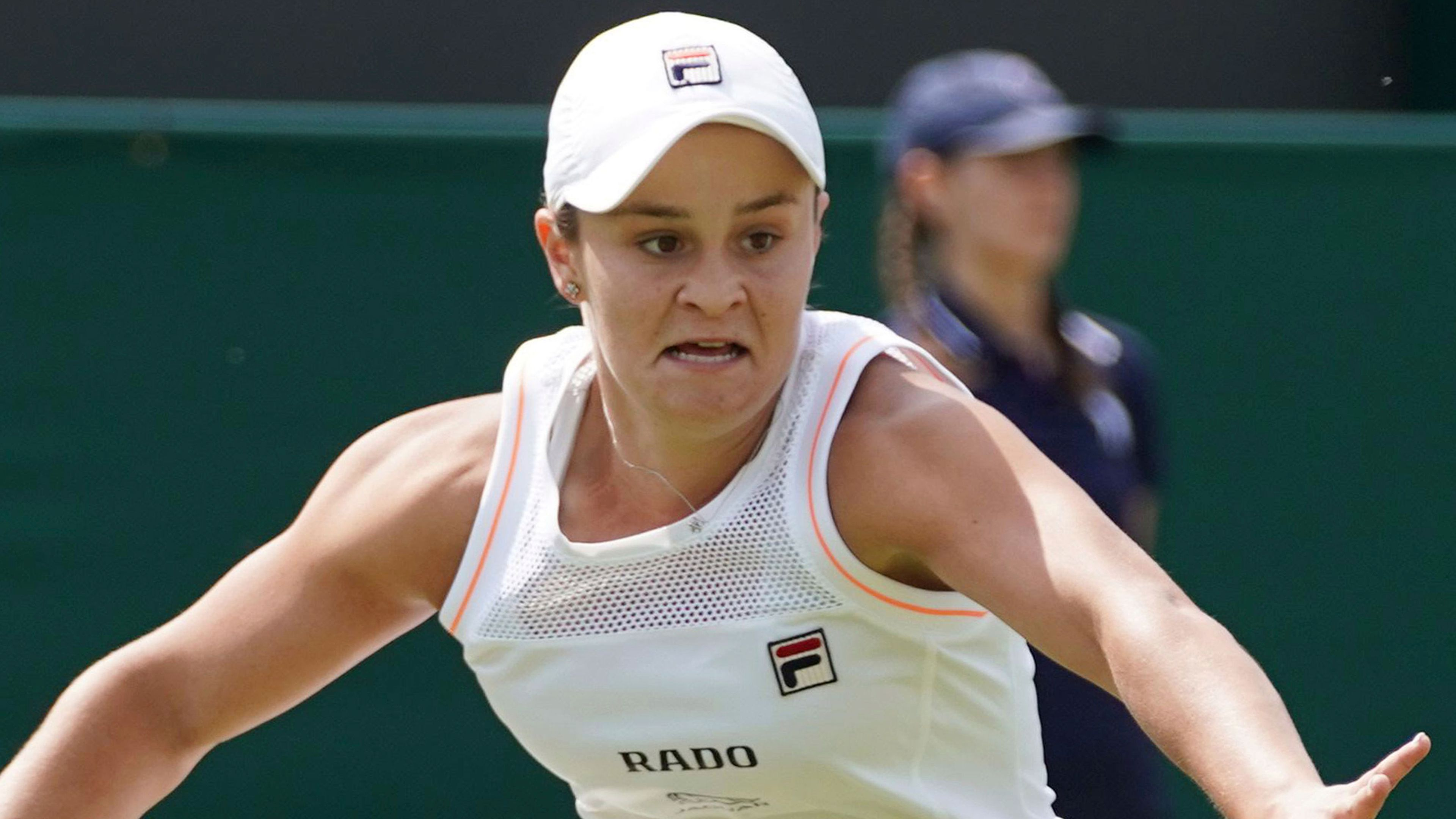 Aussie Ashleigh Barty increases her lead as world number one tennis player