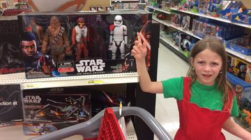 Some children and adult Star Wars fans are upset about the seeming exclusion of Rey from a boxed figurine set. (Twitter / @ErinKGilson)