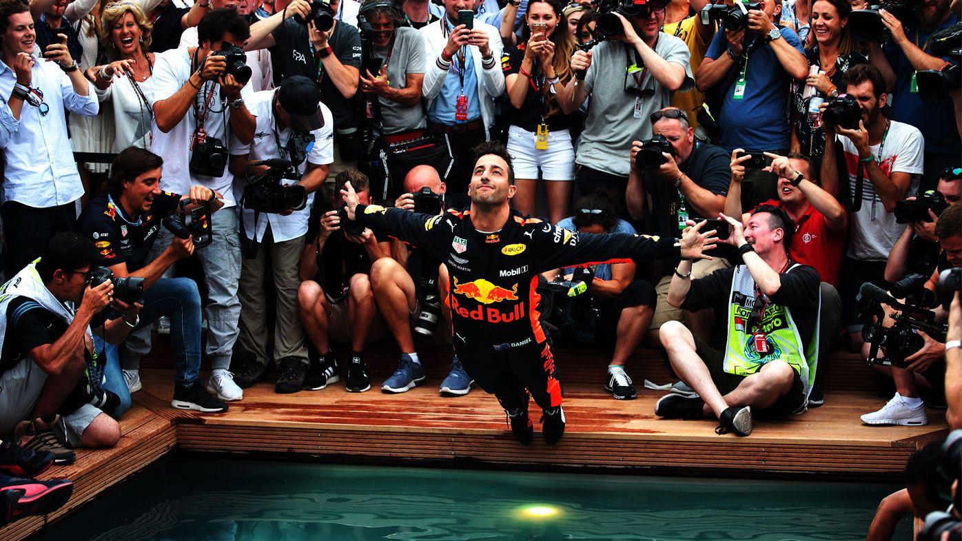 Daniel Ricciardo bellyflop