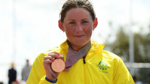 Lauren Parker with her bronze medal. (AAP)