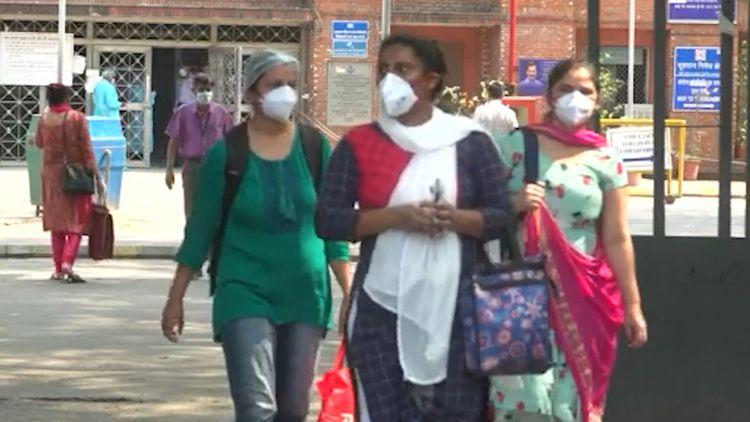 India grapples with coronavirus 'storm'