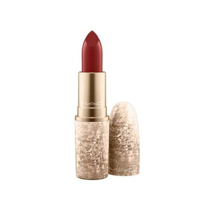 "<a href=""http://shop.davidjones.com.au/djs/ProductDisplay?catalogId=10051&amp;productId=14114016&amp;langId=-1&amp;storeId=10051"" target=""_blank"" draggable=""false"">MAC Lipstick in Snow Ball Holiday Lipstick in Elle Belle, $36</a>"