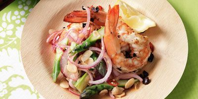 "Recipe: <a href=""http://kitchen.nine.com.au/2016/05/17/12/43/warm-prawn-asparagus-salad"" target=""_top"">Warm prawn and asparagus salad</a>"