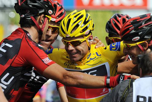 Evans became the first Australian to win Le Tour in 2011. (Getty)