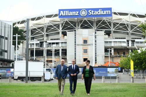 (L-R) Former assistant government architect in NSW Andrew Andersons, NSW Leader of the Opposition Michael Daley and NSW Deputy Leader of the Opposition Penny Sharpe pose for a photo at Allianz Stadium.