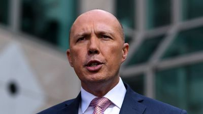 Dutton goes on the sales offensive