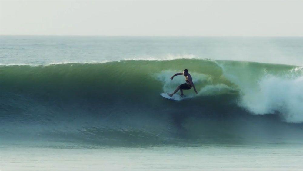 Fanning surfs secret wave 'The Snake'