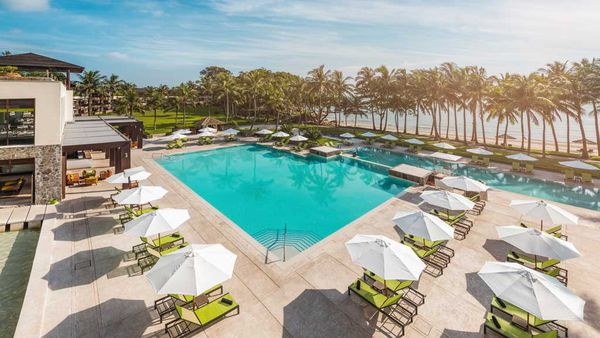 Club-Med-Bintan-Pool