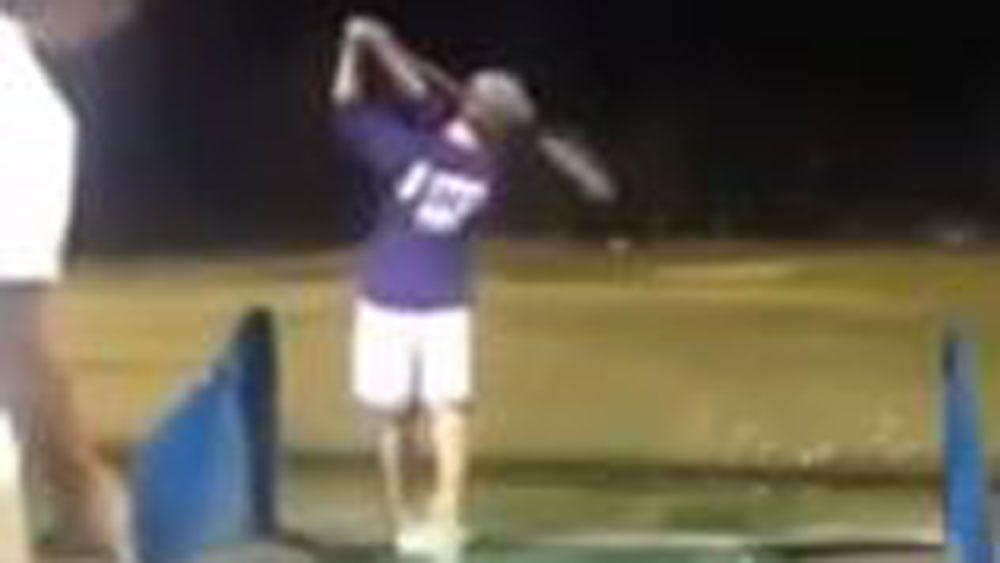 'Drop the mic' moment for golf trick-shot duo