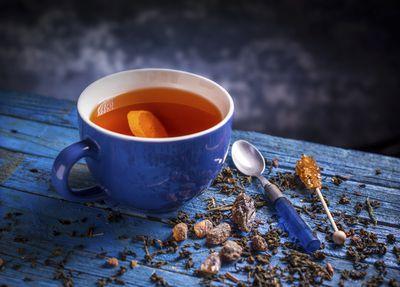 <strong>Black tea</strong>
