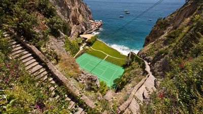 The world's most amazing tennis courts