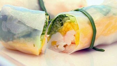 "<strong><a href=""http://kitchen.nine.com.au/2016/05/19/12/27/rice-paper-rolls-with-blue-swimmer-crab-mango"" target=""_top"">Rice paper rolls with blue swimmer crab &amp; mango</a> recipe</strong>"