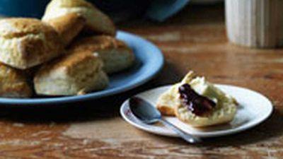 """<a href=""""http://kitchen.nine.com.au/2016/05/17/12/09/cream-scones"""" target=""""_top"""">Cream scones</a> recipe"""