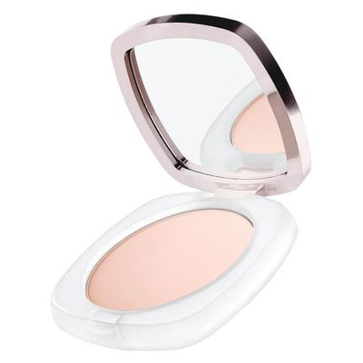 "<p><strong><em>Keep it all together with </em></strong>- <a href=""https://www.mecca.com.au/la-mer/la-mer-sheer-pressed-powder/V-029916.html"" target=""_blank"" draggable=""false"">La Mer La Mer Sheer Pressed Powder in Translucent, $175</a></p> <p>Hold your foundation in place with a setting powder to provide a natural-looking complexion.</p> <p> </p>"