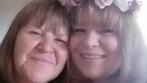 Murdered mother Simone Fraser (left) with daughter Lacey Wilson (right)
