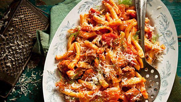 Italian sausage, fennel and tomato pasta