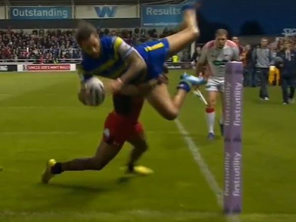 Winger turns acrobat to score try of the year