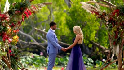 'The Bachelorette' winning couple Ali Oetjen and Taite Radley are reportedly at 'breaking point'