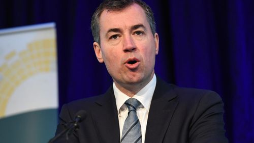 Justice Minister Michael Keenan may have inherited British citizenship from his father, media reports suggest. (AAP)