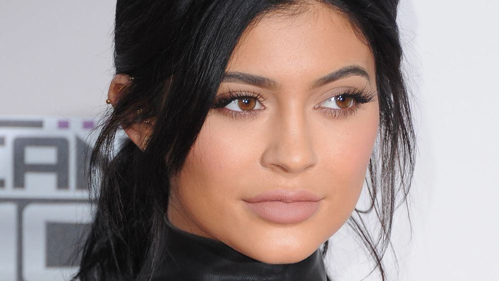 Kylie Jenner's lip kits sold out in under a minute