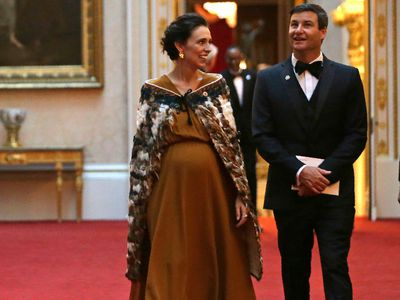 When she wore a traditional Māori cloak to Buckingham Palace