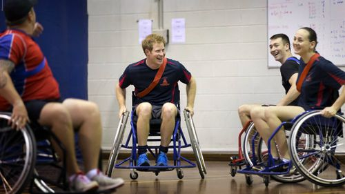 Harry met with wounded Australian troops. (AAP)