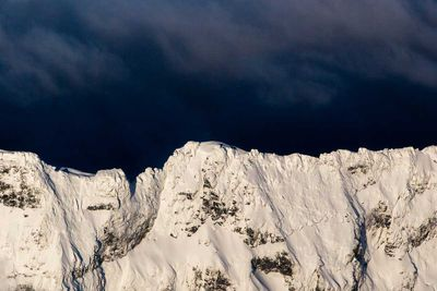 "<strong>The Southern Alps by <a href=""http://www.nickrapley.com/"">Nick Rapley</a></strong>"