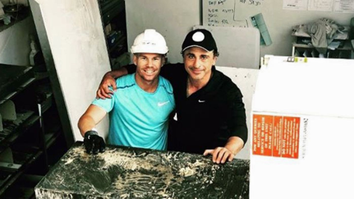 David Warner spotted getting his hands dirty on construction site for new home