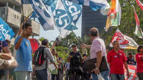 Rio beefs up security ahead of Brazil vote