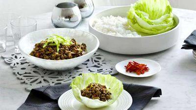 "<a href=""http://kitchen.nine.com.au/2016/05/16/19/54/beef-san-choy-bau"" target=""_top"">Beef san choy bau</a> recipe"