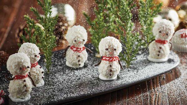 Chocolate coconut snowman bites by Reynold Poernomo for Ferrero