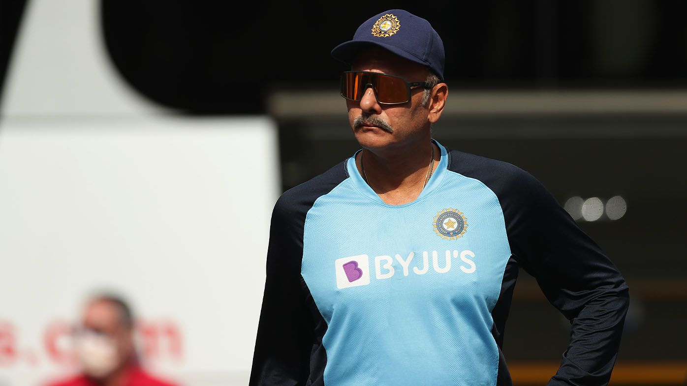 India coach Ravi Shastri strides into SCG training session unmasked as touring party continue to bend Cricket Australia's biosecurity protocols