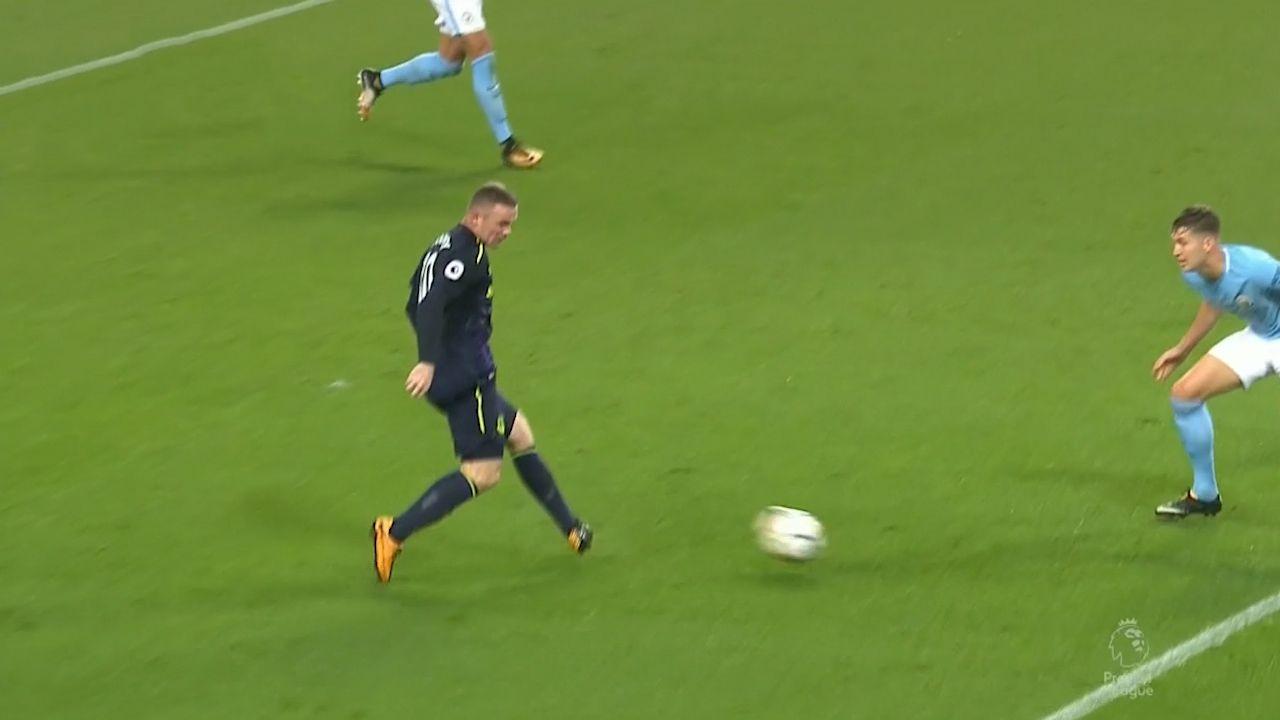 Rooney nets 200th EPL goal