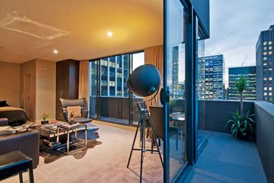 "<strong>#9 <a href=""https://www.airbnb.com/rooms/1447595"" target=""_top"">Melbourne Rooftop Terrace</a> - Melbourne, Victoria</strong>"
