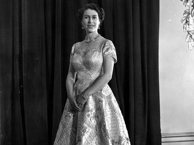 4th June 1953:  Queen Elizabeth II wearing a gown designed by Norman Hartnell for her Coronation ceremony.  (Photo by Central Press/Getty Images)
