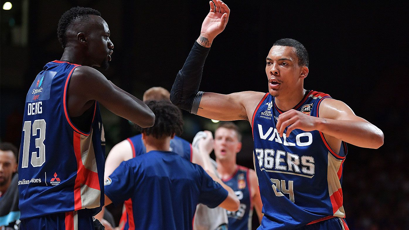 Adelaide 36ers avoid disaster and outlast Cairns Taipans comeback