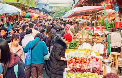Mong Kok wet markets, fruit stalls