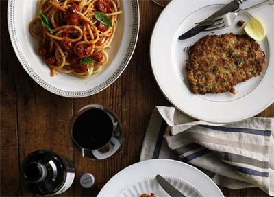 Veal schnitzel with spaghetti pomodoro
